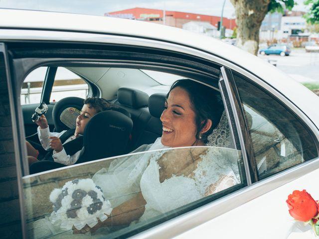 La boda de Mino y Raquel en Redondela, Pontevedra 27