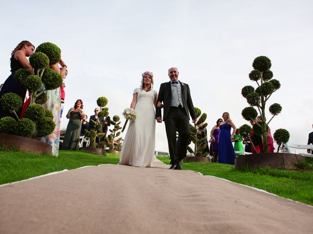 La boda de Gustavo y Gemma en Sant Fost De Campsentelles, Barcelona 50