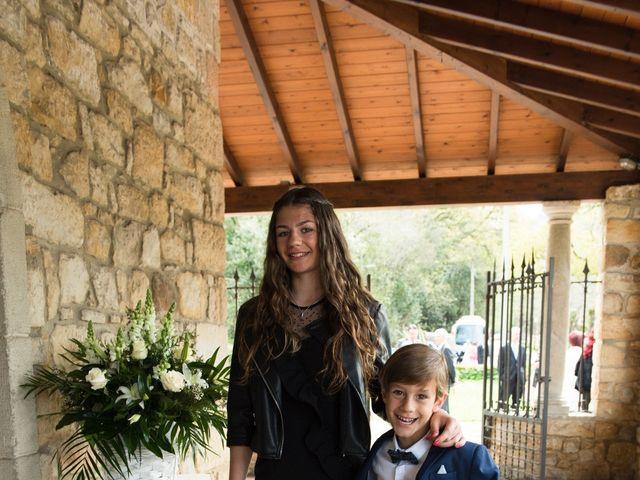 La boda de Javier y Silvia en Gijón, Asturias 3
