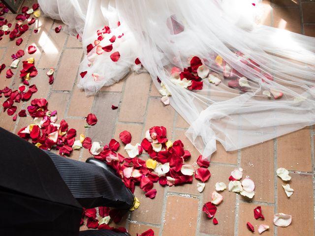 La boda de Javier y Silvia en Gijón, Asturias 18