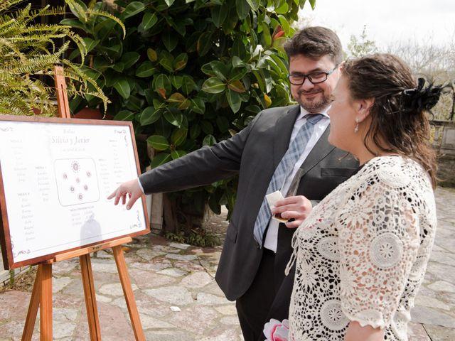 La boda de Javier y Silvia en Gijón, Asturias 38