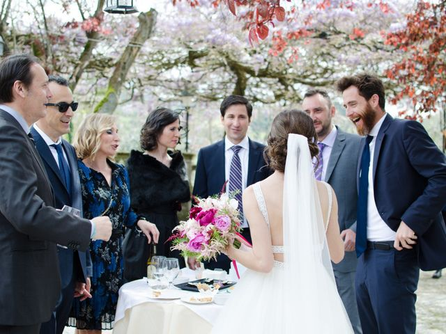 La boda de Javier y Silvia en Gijón, Asturias 40