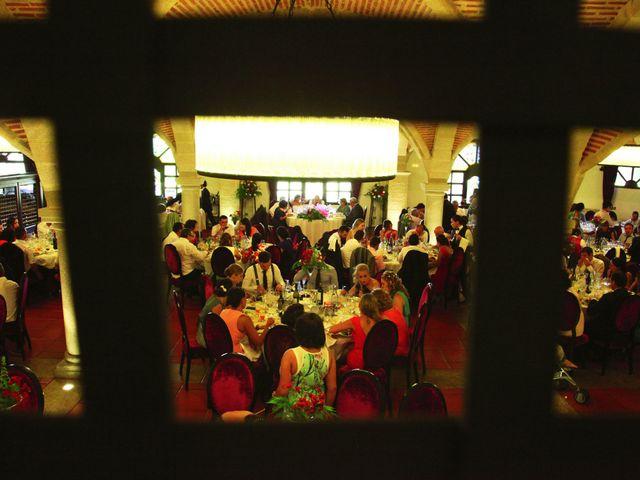 La boda de Raúl y Maria en Nuñomoral, Cáceres 24