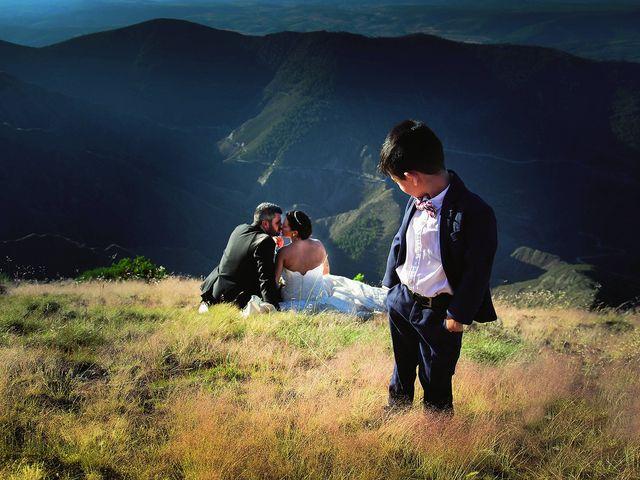 La boda de Raúl y Maria en Nuñomoral, Cáceres 25