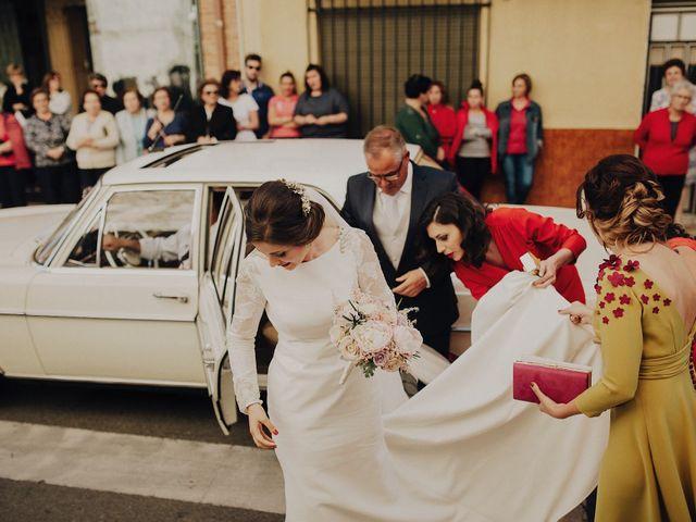 La boda de Jesús y Isabel en Villarrubia De Los Ojos, Ciudad Real 21