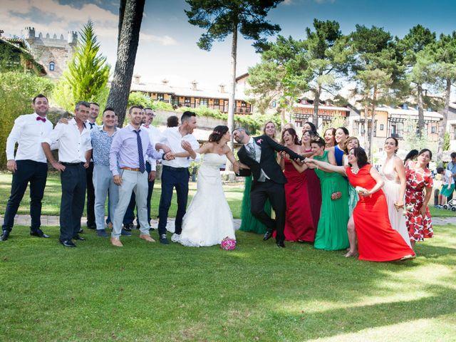 La boda de Raúl y Maria en Nuñomoral, Cáceres 40