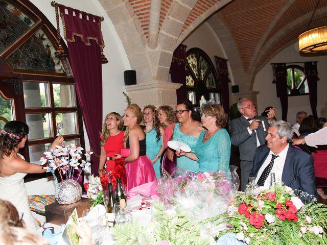 La boda de Raúl y Maria en Nuñomoral, Cáceres 45