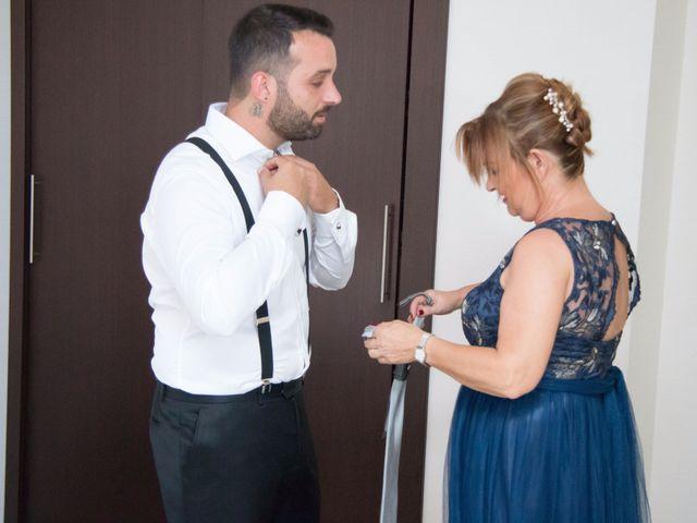 La boda de Cristian y Diana en Torrellano, Alicante 13
