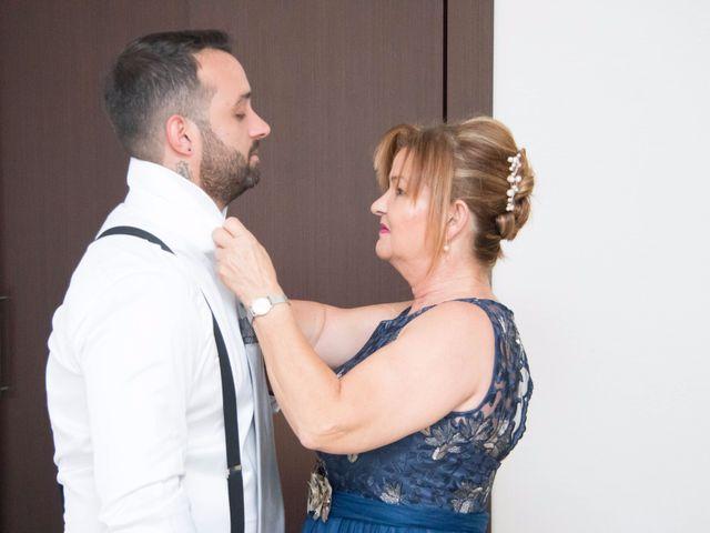 La boda de Cristian y Diana en Torrellano, Alicante 14