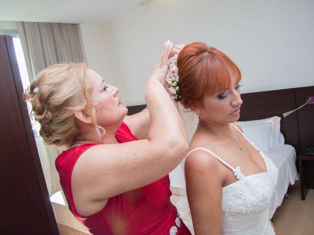La boda de Cristian y Diana en Torrellano, Alicante 44