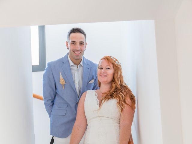 La boda de Adrià y Jennifer en L' Ampolla, Tarragona 9