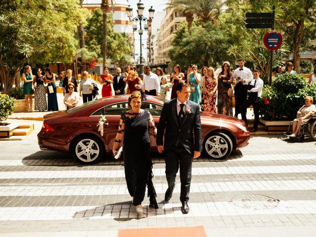 La boda de Francisco y Cristina en Torrevieja, Alicante 25
