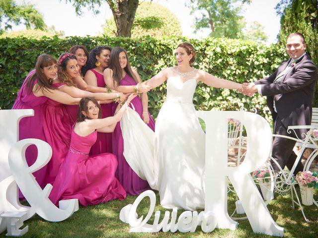 La boda de Ismael y Raquel en Alcalá De Henares, Madrid 19