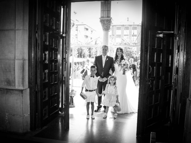 La boda de Raúl y Alba en Pruvia (Llanera), Asturias 6