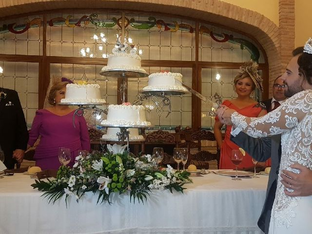 La boda de Alberto y Milagros en Torredonjimeno, Jaén 1