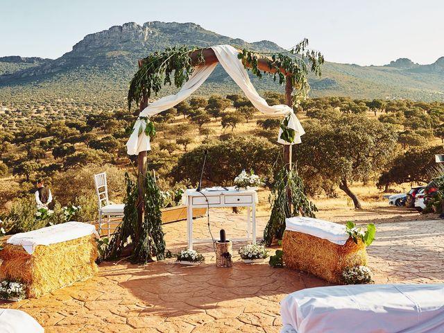 La boda de Juanlu y Vero en Hornachos, Badajoz 26