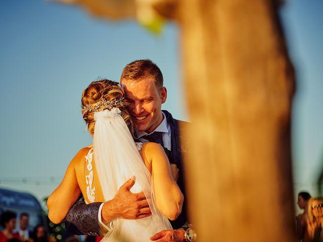 La boda de Juanlu y Vero en Hornachos, Badajoz 43