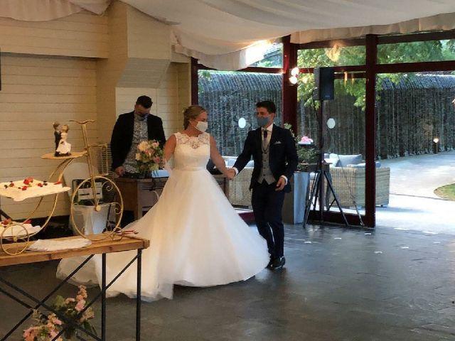 La boda de Oscar y Jennifer en Santiago De Compostela, A Coruña 1