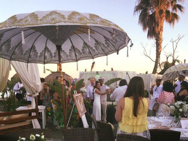 La boda de Bruno y Laura en Torre Del Mar, Málaga 1