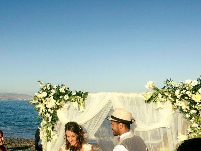La boda de Bruno y Laura en Torre Del Mar, Málaga 14