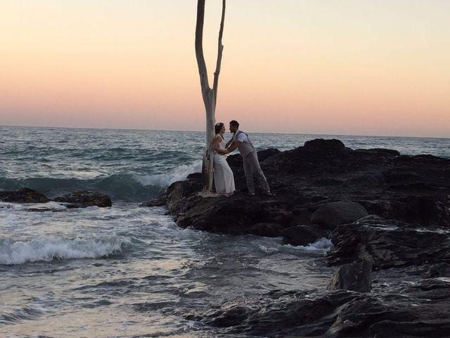 La boda de Bruno y Laura en Torre Del Mar, Málaga 20