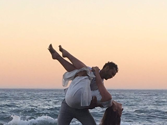 La boda de Bruno y Laura en Torre Del Mar, Málaga 21