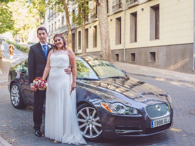 La boda de Uge  y Maria   en Granada, Granada 4