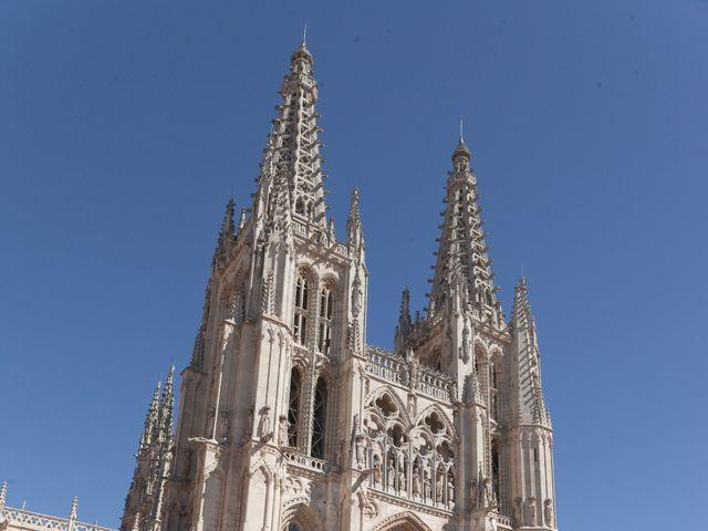 La boda de Carlos y Eva en Burgos, Burgos 1