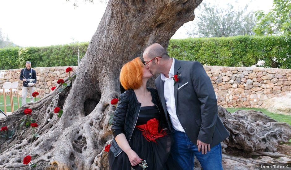 La boda de Juan y Mary en Santa Maria (Isla De Ibiza), Islas Baleares
