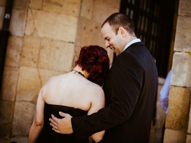La boda de Pelu y Cova en Oviedo, Asturias 10