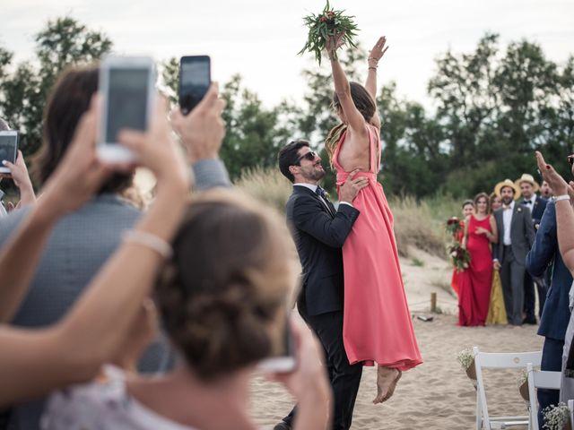 La boda de Albert y Anna en Sant Pere Pescador, Girona 17