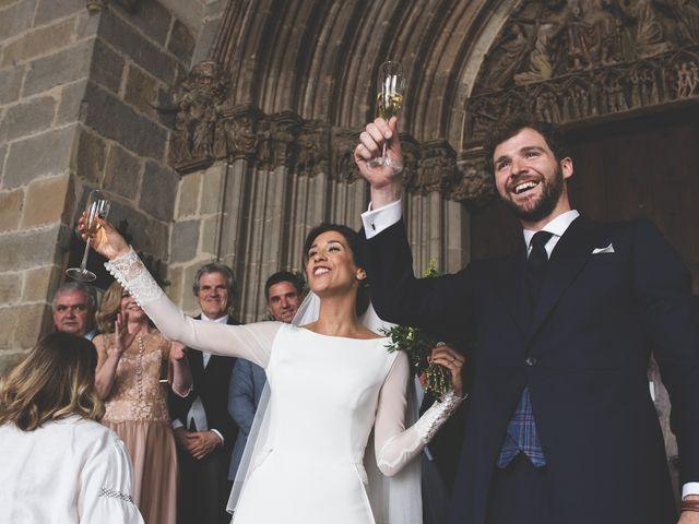 La boda de Xabi y Sofia en Beraiz, Navarra 22