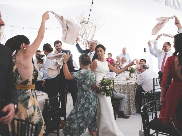 La boda de Xabi y Sofia en Beraiz, Navarra 28