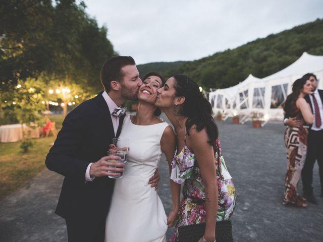 La boda de Xabi y Sofia en Beraiz, Navarra 38