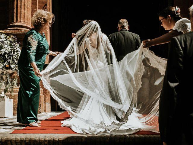 La boda de Pablo y Puri en Bollullos De La Mitacion, Sevilla 27