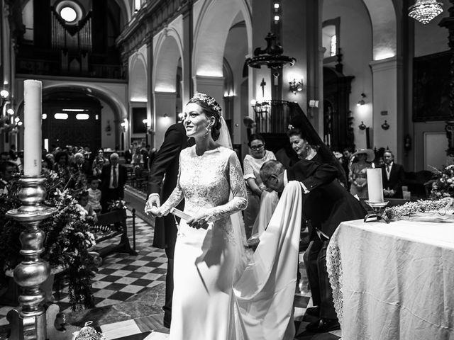 La boda de Pablo y Puri en Bollullos De La Mitacion, Sevilla 39