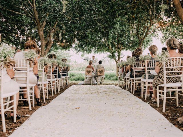 La boda de Tino y Lisa en Daya Vieja, Alicante 17