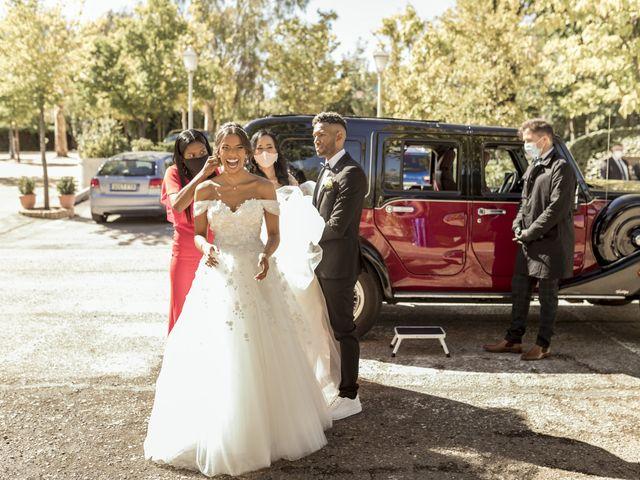 La boda de Axel y Yenny en Madrid, Madrid 32