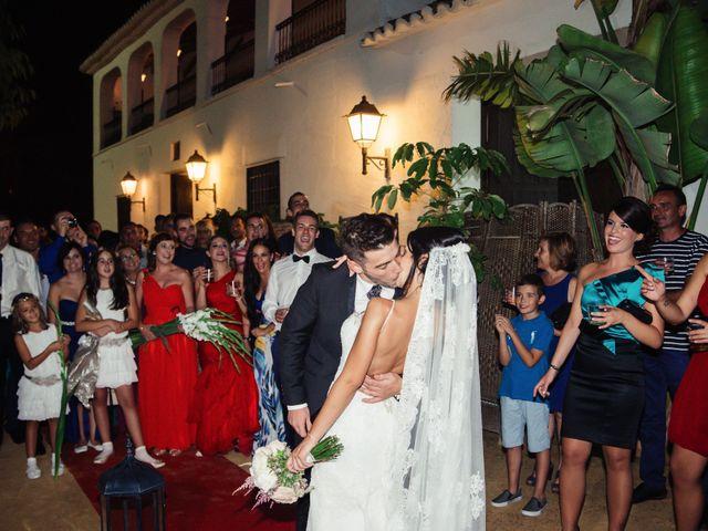 La boda de Alberto y Mayka en Elx/elche, Alicante 33