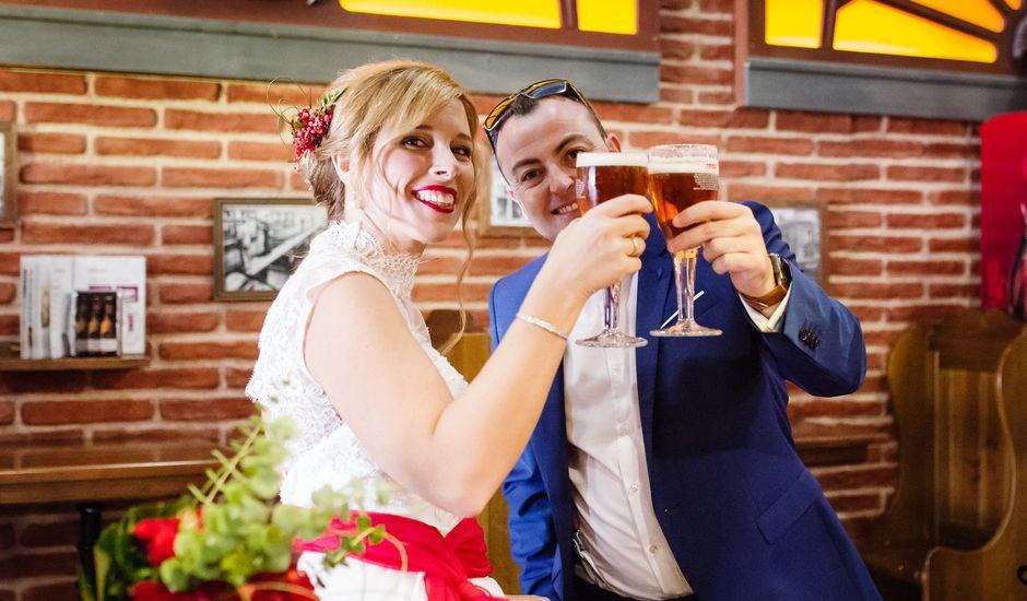 La boda de David y Eva en Narón, A Coruña