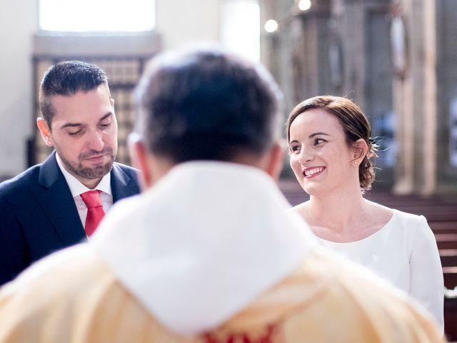 La boda de Carlos y Lorena en Santiago De Compostela, A Coruña 24