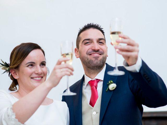 La boda de Carlos y Lorena en Santiago De Compostela, A Coruña 59