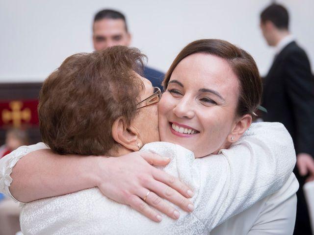 La boda de Carlos y Lorena en Santiago De Compostela, A Coruña 60