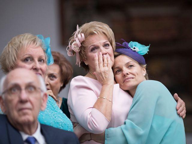 La boda de Carlos y Lorena en Santiago De Compostela, A Coruña 79