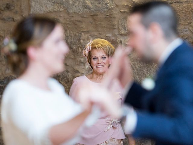 La boda de Carlos y Lorena en Santiago De Compostela, A Coruña 84