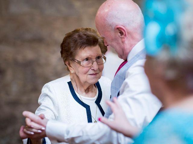 La boda de Carlos y Lorena en Santiago De Compostela, A Coruña 102