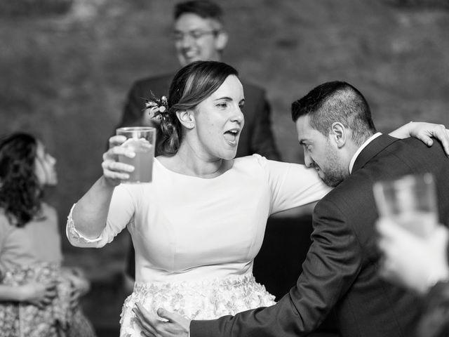 La boda de Carlos y Lorena en Santiago De Compostela, A Coruña 121
