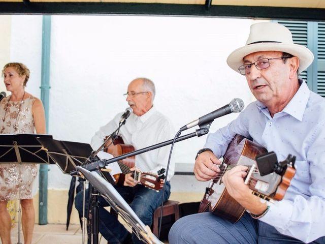 La boda de Cristhian y Fofe en Ciutadella De Menorca, Islas Baleares 57