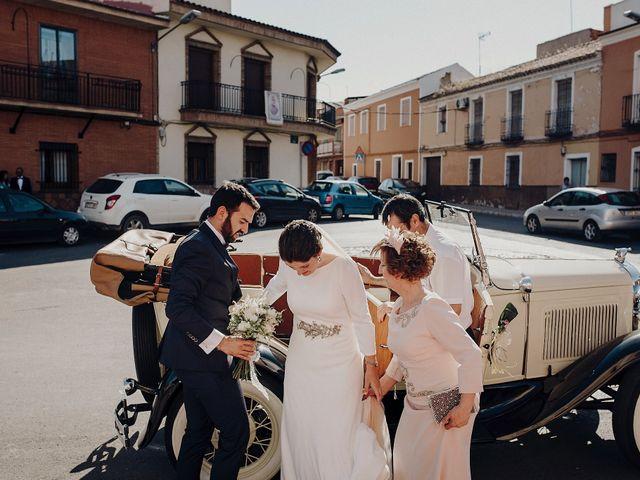 La boda de Sergio y Lourdes en Daimiel, Ciudad Real 16