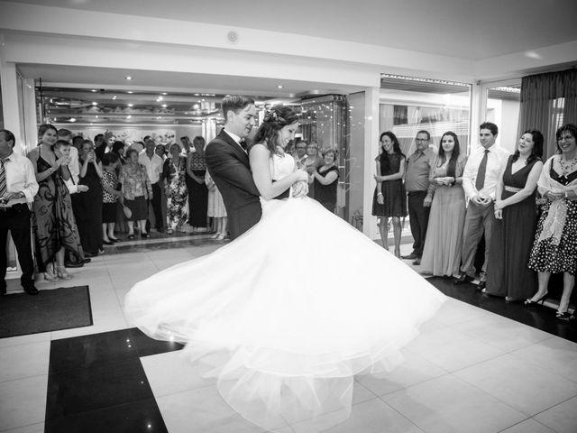 La boda de Simón y Natalia en Santiago De Compostela, A Coruña 15